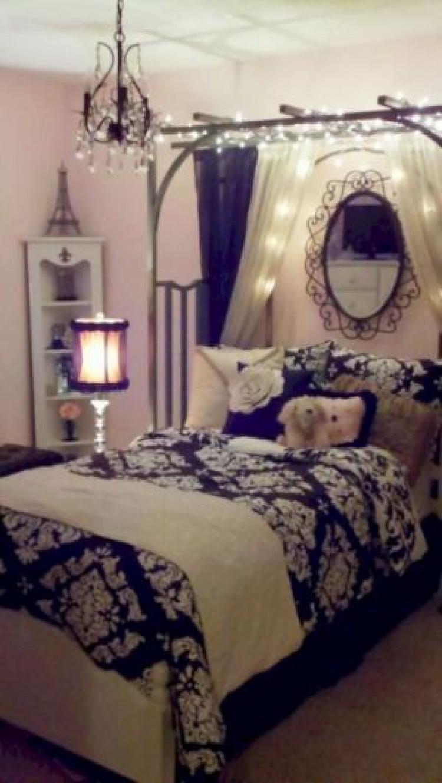 Image of: 80 Great Paris Theme Bedroom Ideas