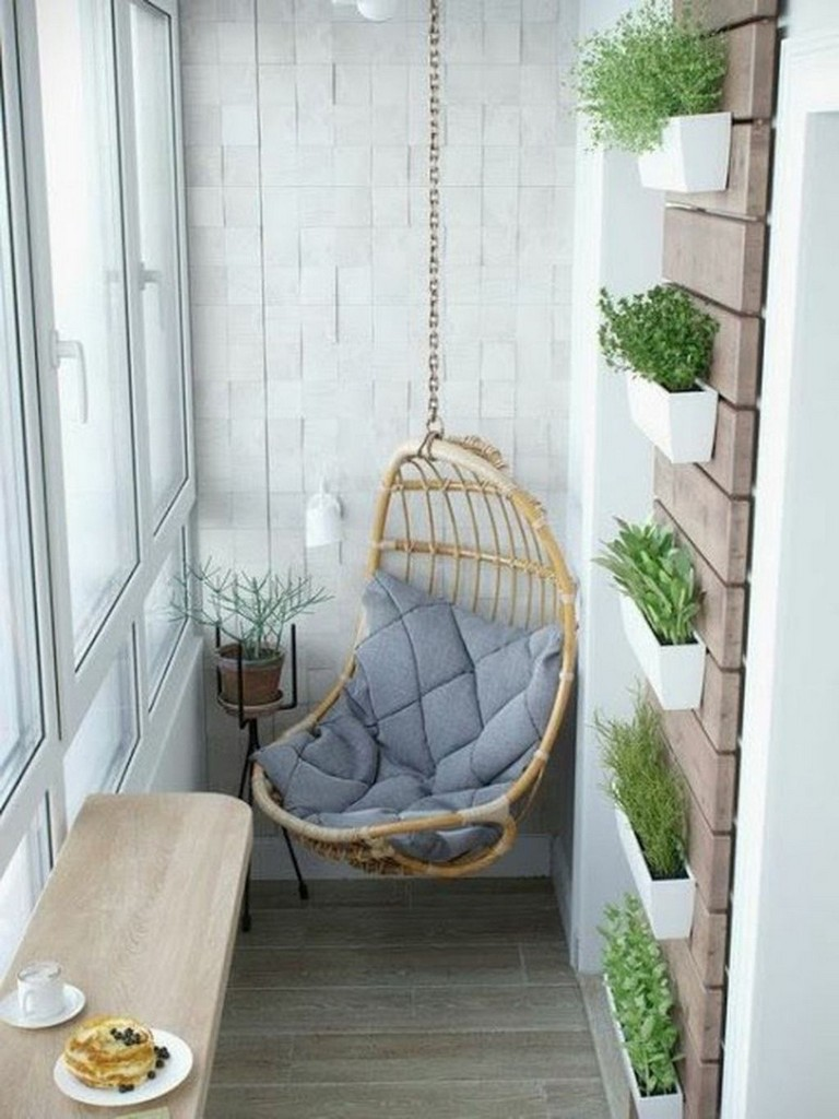 44 Cozy Small Apartment Balcony Decorating Ideas